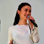 """大島優子、""""胸透け""""指摘に「こういうスタイル!」 - 男性陣が気を使う"""