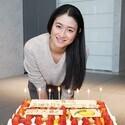 小雪、伊藤淳史&成田凌から誕生日祝い - ファンから40歳の美貌に驚きの声