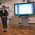目黒第一中学校、1人1台のタブレットPCを活用した授業の実証研究を開始