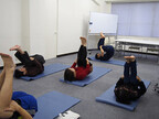 東京都・新宿区で肩こり・腰痛改善を目指す無料ピラティスレッスン開催