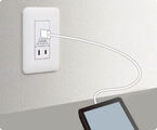 パナソニック、スマホやタブレットを充電できるUSBポート付き壁コンセント