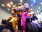 秋葉原にあの巨大ロボットとパイロットが集結? 「Windows春祭り」が開催 (1) 「Windows 8.1 Update」リリース記念のお祭りイベント
