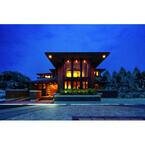 巨匠フランク・ロイド・ライトのコンセプトを実現したデザイン住宅発売