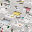 ハーマンミラ-、卓上をスマートに整理する収納システム「Formwork」を発売