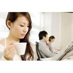 【女性編】カフェ(または飲食店)で隣に座ってほしくない人は?ランキング