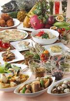 沖縄を丸ごと堪能! ライブ演奏も楽しめる沖縄料理のホテルビュッフェ
