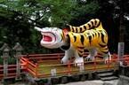 奈良県にある「阪神タイガース」の聖地は、24時間参拝できる虎だらけの寺?