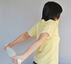 肩コリをほぐして二の腕を引き締める! - 1日1分からの筋トレ・ストレッチ