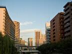 住宅購入までは、「実家に住む」or「賃貸」どちらが有利?