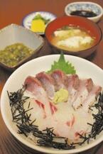 長崎県西海市の丼祭り開催。ぷりん丼などの「スイーツ丼」も登場!!