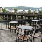 「スターバックス」の京都三条大橋店が風流すぎる!