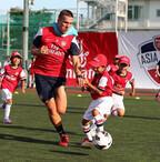 アーセナルが45年ぶりに来日。愛知県でサッカークリニック - エミレーツ