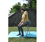 仕事中に実践! 腰痛改善の椅子でゆらゆらストレッチ - 1日1分からの筋トレ