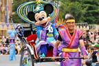 """東京ディズニーランドも七夕仕様に。ミッキーマウスの""""吹き流し""""登場"""