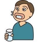 歯科医が教える正しいうがいの仕方「口とのどで分けてゆすぐ」