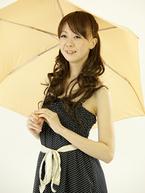 ビニール傘はNG? 「雨の日デートでやめてほしい女子の格好」