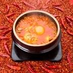 世界一辛い唐辛子「ブート・ジョロキア」が登場! 東京純豆腐が「激辛フェア」を開催