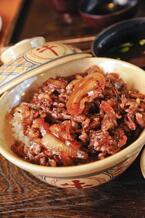 牛丼のうまい裏ワザ的食べ方「肉を蒸らして柔らかく」「焼肉のタレを掛ける」