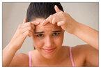 ニキビ発生箇所でわかる体の不調「額=膀胱の不調」「アゴ=胃の不調」