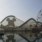 ディズニーリゾートとっておきの遊び方は?「人気キャラの遭遇率UP」「ショーで水浴び」