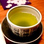 実はNGな煎茶の淹れ方「急須をぐるぐる回す」「急須の注ぎ口にビニールキャップを付けたまま使う」