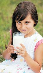 牛乳は身体に悪い?「健康のための牛乳」の賛否両論説が話題