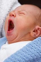 子守歌の代わりに最近のヒット曲を歌って聞かせる親が多数派。子供への影響は?―NZ