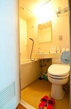 ユニットバスを快適・おしゃれに使うコツ「お風呂上りに冷水を撒くと、ピンク汚れが軽減」
