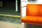 男子が公共交通機関で見た! ドン引き女子の行動「何がどうあっても座ろうとする」「よだれを垂らして爆睡」