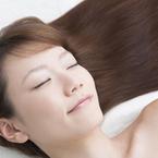 髪を「毎日洗う」が正解とは限らない!? 「3日おき。洗いすぎると傷みそう」(33歳女性)