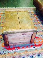 小さめテーブルはけっこう高い! 代用できる意外なアイテム―お金をかけずに外国風インテリア