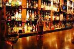 お酒のキャッチコピーには傑作が多い!?10選「私、会社なんて酔わなきゃ行けません」