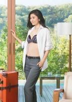 幅広い女性から人気の女優「篠原涼子」がCMに! 第三のブラ『WONDER MAKE ワンダーメイク』登場!