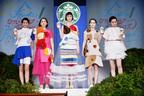 フラペチーノ(R)ドレスって何!? スターバックスのファッションショーがおしゃれすぎる!