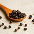 胡椒をかけるだけでやせ体質に! 代謝アップや消化吸収を高める効果に加え、血行促進や脳の活性化も