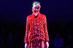 アンリアレイジ 2014-15年秋冬コレクション「32℃に保つ服」をサーモグラフィのパレットで
