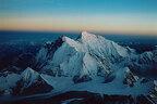 標高8463mの世界から見えるもの、石川直樹写真展 「MAKALU」六本木で開催
