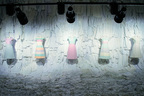 金沢21世紀美術館でアンリアレイジの展覧会 - ファッションのなかで移ろう「色」を問う