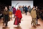 イッセイミヤケ 2014-15年秋冬コレクション - 「森の鼓動」 生命を宿したプリーツの服