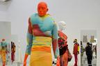 京都で「Future Beauty 日本ファッション:不連続の連続」ヨウジ、川久保、三宅など作品展示