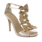 ツル バイ マリコ オイカワ 夏の新作シューズ - 幸運を引き寄せる靴、輝く星やリボンのモチーフ