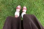 「なんかダサい・・・」サンダル×靴下をおしゃれにみせる、4つのコツ