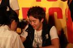 キム・ヒョンジュンがシングル発売記念サイン会開催
