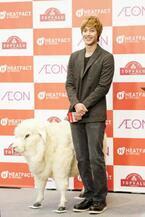 キム・ヒョンジュンが日本のCMに初出演。バックハグにブーイング