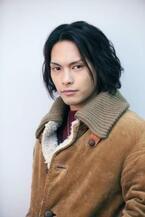 柳楽優弥が蜷川幸雄演出で初舞台!旅する15歳の少年役に挑む