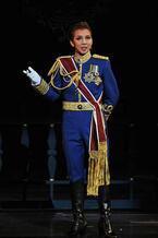 宝塚歌劇月組、トップコンビのラストステージが開幕!