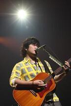 """秦 基博、全国ツアー""""HATA MOTOHIRO """"Signed POP"""" TOUR 2013""""開催"""