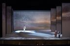 無償の愛を美しく描く。オペラ「夕鶴」新演出が開幕