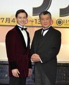 ウエンツ瑛士と里見浩太朗がミュージカルに初挑戦