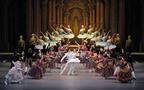 夢見るシンデレラが舞う。新国立劇場バレエの贈物